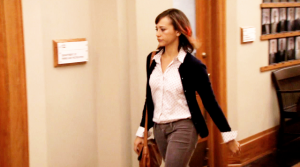 ann-perkins-cardigan-gray-jeans-parks-and-recreation